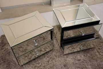 Dwie szafki lustrzane - dla klienta z Mokotowa
